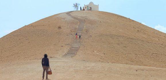 Le Miracle du Saint Inconnu : croire pour exister au Maroc