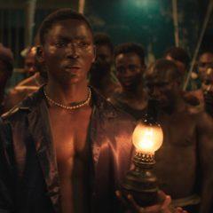 La Nuit des rois : déployer les jeux de pouvoirs en Côte d'Ivoire
